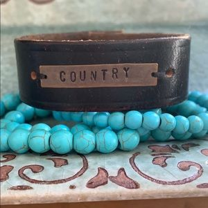 Country cuff with beaded set